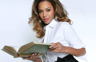 beyonce-reading-wallpapers_10795_1280x720