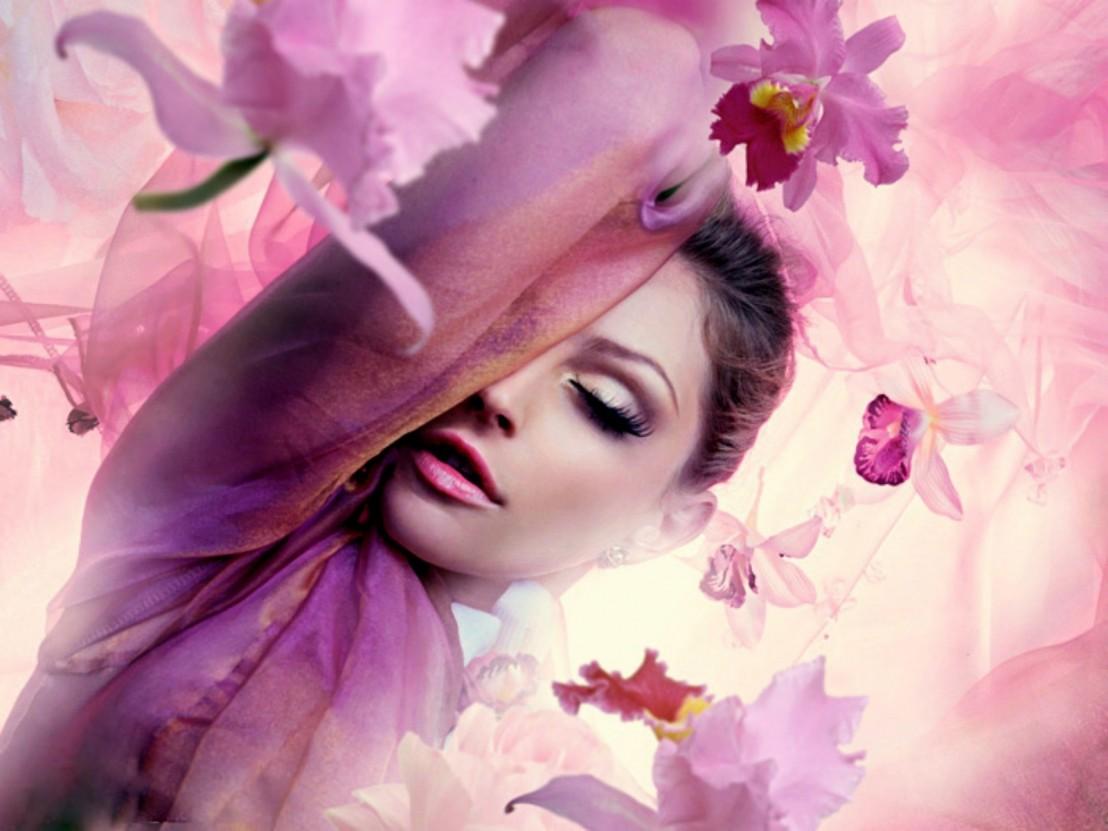 women-flowers_00425308