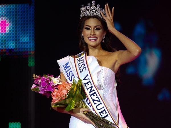 Maria-Gabriela-Isler-Miss-Venezuela-2012