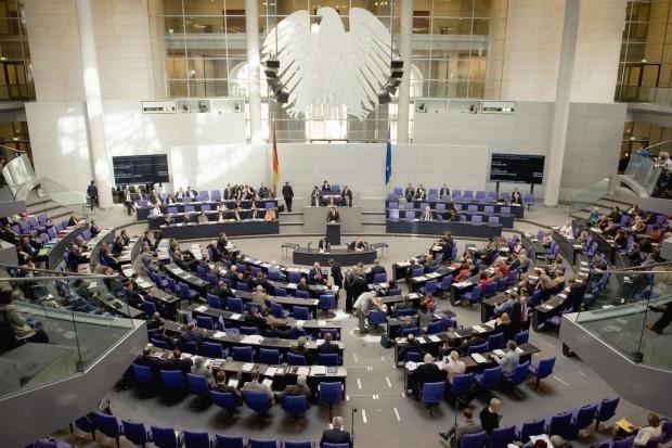 SPD-will-fuer-Bundestag-Fragerecht-nach-britischem-Vorbild