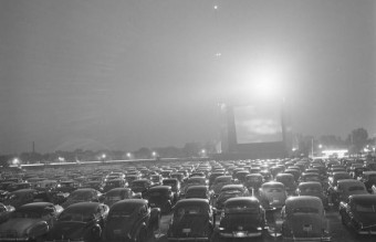 drive-in-movie theater. Illinois (1951)