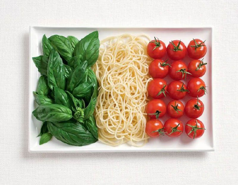 italy-flag-made-from-food