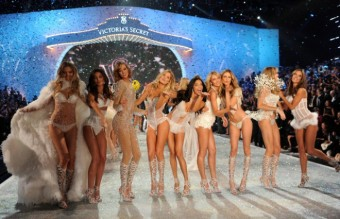 NEW YORK, NY - NOVEMBER 13:  (L-R) Models Magdalena Frackowiak, Lily Aldridge, Karlie Kloss, Doutzen Kroes, Adriana Lima, Candice Swanepoel, Behati Prinsloo, Lindsay Ellingson, and Alessandra Ambrosio walk the runway at the 2013 Victoria's Secret Fashion Show at Lexington Avenue Armory on November 13, 2013 in New York City.  (Photo by Dimitrios Kambouris/Getty Images for Victoria's Secret)