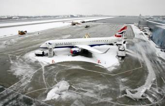 city-airport-plane_1776690i