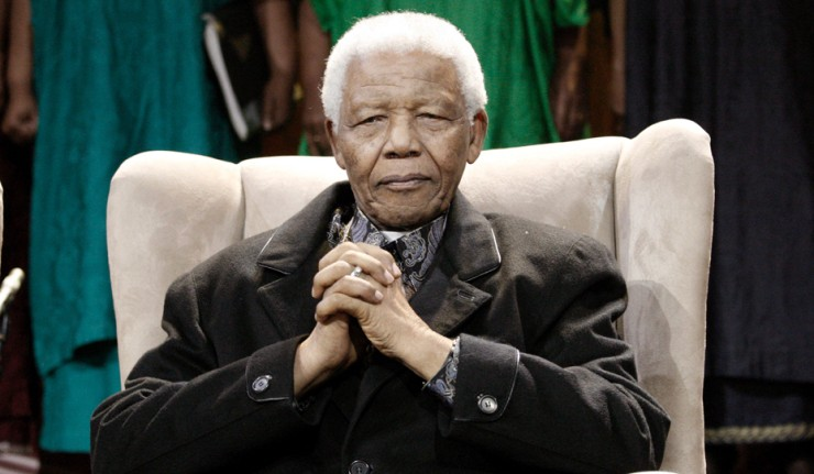 Mandela admitted to hospital