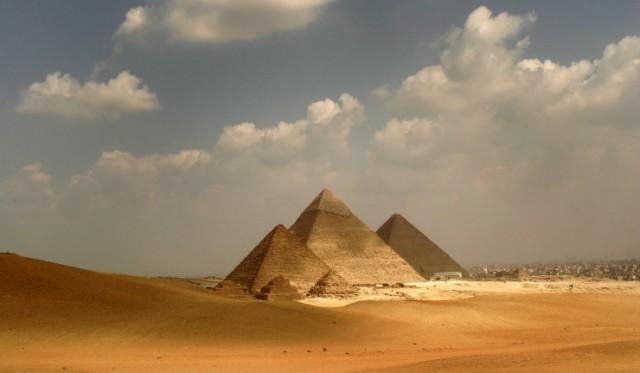 Tourism around the Great Pyramids of Giza