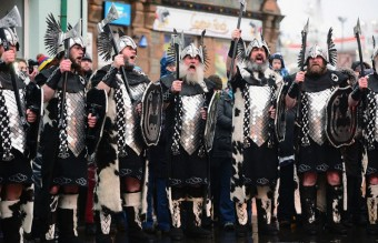 UpHellyAa_5_raised_2804614k