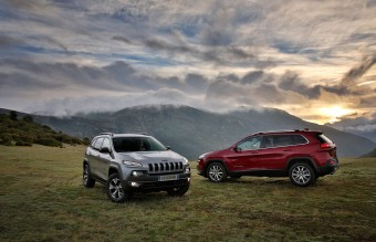 All-new 2014 Jeep Cherokee Limited and Trailhawk models sport a