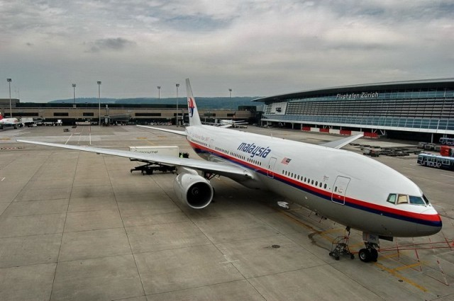 malaysia-airlines-9m-mrh-boeing-777-2h6er-656