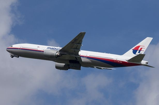 Malaysia-Airlines-Boeing-777-200-3250896