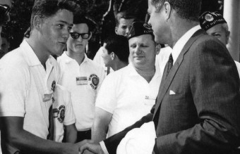 bill-clinton-meets-jfk-1963