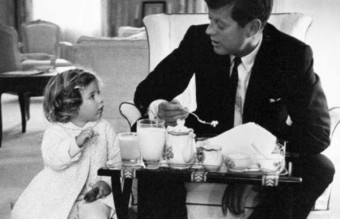 john-kennedy-photos-breakfast-with-caroline
