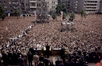 john-kennedy-speech-in-berlin-photograph