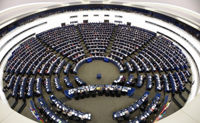 655-402-evropejski-parlament