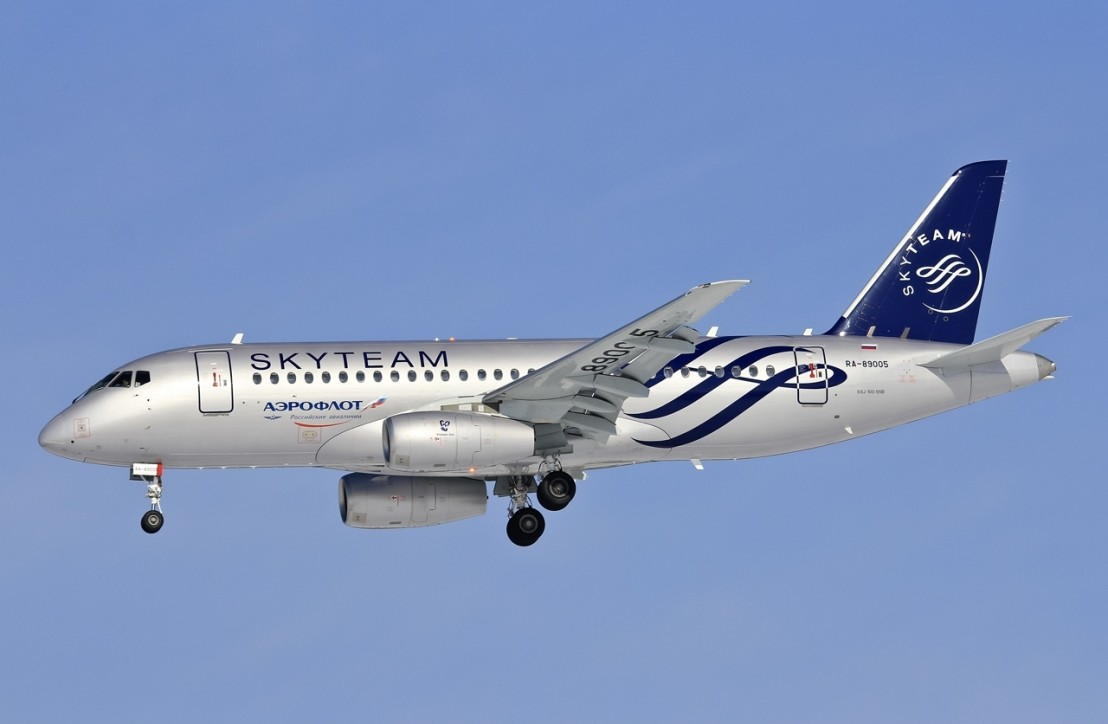 Sukhoi_Superjet_100-95_(RA-89005)