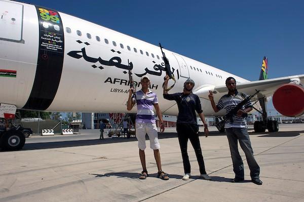 Rebels on board Gaddafi's 'Air Force One' - Tripoli