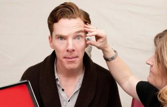 Benedict_Cumberbatch_Sitting_Madame_Tussauds_London_Gallery_2