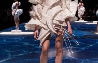 Lan-YU-show-Paris-Fashion-Week-www-2_510x768