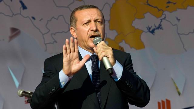 Recep Tayyip Erdogan speaks in Istanbul
