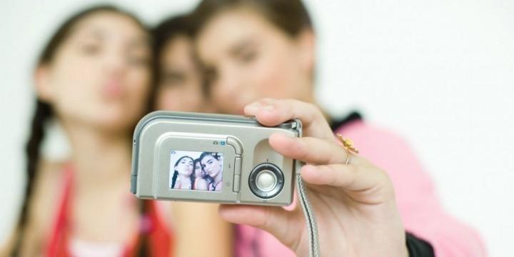 tous-au-selfie