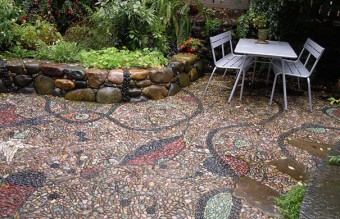 garden-pebble-stone-paths-161