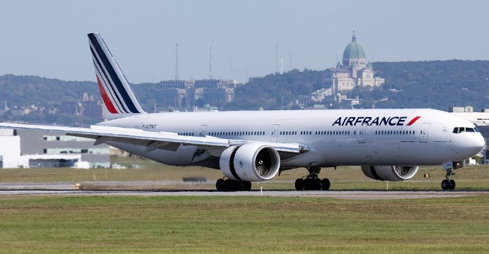 AirFrance-Boeing777-300ER-YUL-690x360-2009