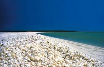 amazing-unusual-beaches-7-1