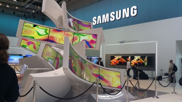 IFA 2014_Samsung Curved solutions8