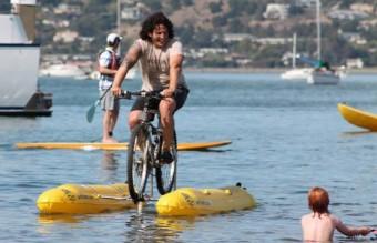 Judah-Schiller-Water-Bike-Across-San-Francisco-6-537x358