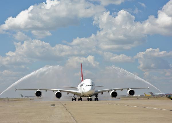 qantas-a380-jld8170-600