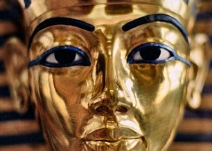 1413756825299_wps_11_The_gold_burial_mask_of_T