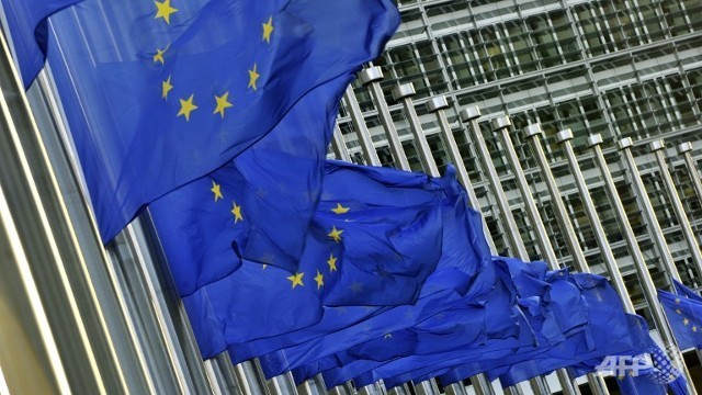 eu-flags-half-mast