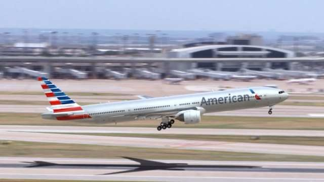 23140363_SAamerican airlines
