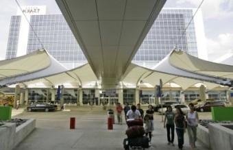 9. Dallas Forth Worth International Airport (DFW) Годишен пътникопоток: 59 милиона