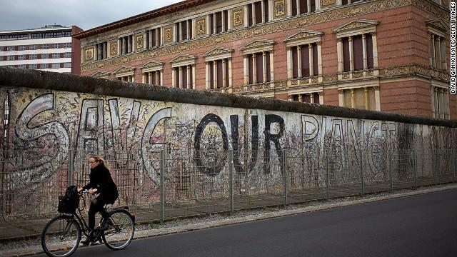 140903125637-berlin-wall-bike-7-horizontal-gallery