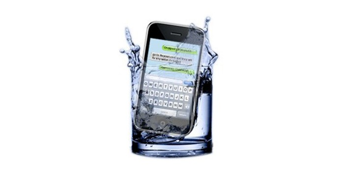 Tips-to-Dry-a-Wet-Cell-Phone