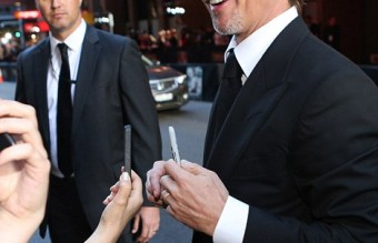 233AE92200000578-2837645-Priorities_Angelina_and_Brad_greeted_thousands_of_fans_who_waite-7_1416257309596