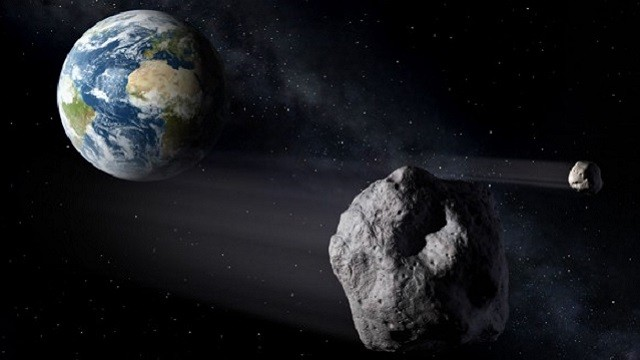 Asteroids-passing-Earth