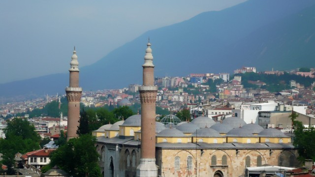 Bursa-Grand-Mosque-Turkey-640x360