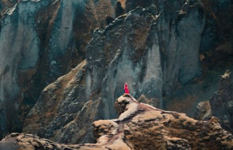 Canadian-photographer-Captures-the-adventurous-souls-of-wanderlusts15__880