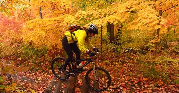 mountain biking adventure_autumn