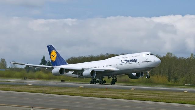 Lufthansa_24_3a20ea4940