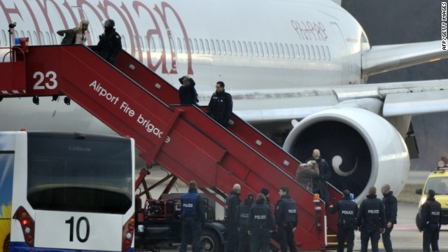 140217103116-ethiopian-airlines-plane-hijacked-passengers-story-top