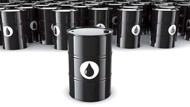 petrol805726-Oil-1418331489-687-640x480-640x360