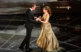 """Накрая се появи и Ана Кендрик в ролята си на Пепеляшка от """"Вдън горите"""""""