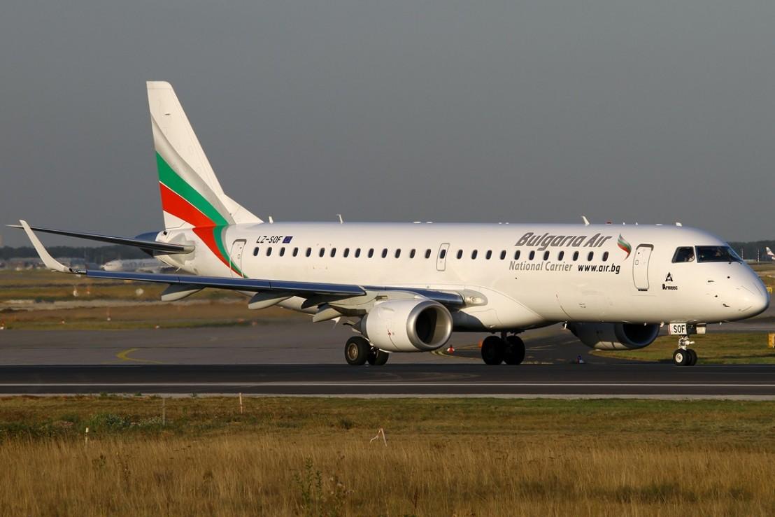 Embraer_ERJ-190-100IGW_190AR,_Bulgaria_Air_AN2171301
