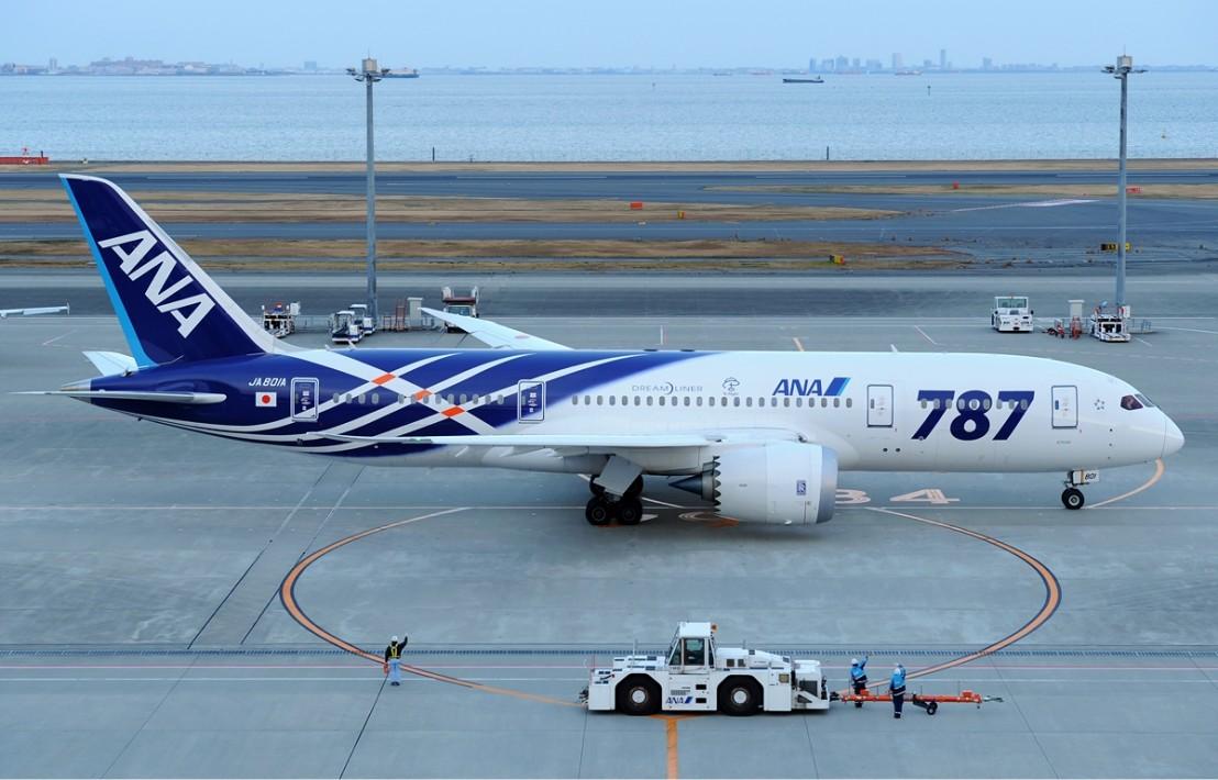 All_Nippon_Airways_Boeing_787-881_HND_Aoki