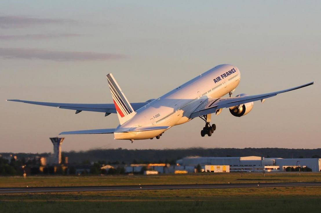 Air_France_Plane_1