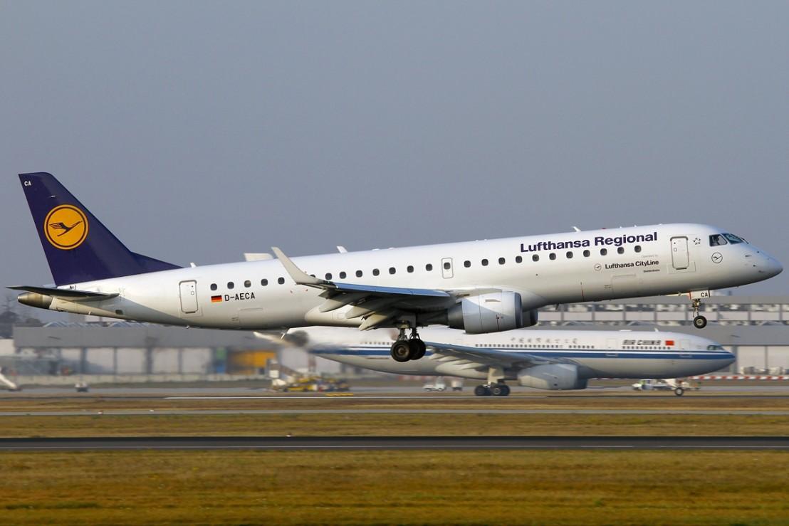 Embraer_ERJ-190-100LR_190LR,_Lufthansa_Regional_(Lufthansa_CityLine)_AN2019261
