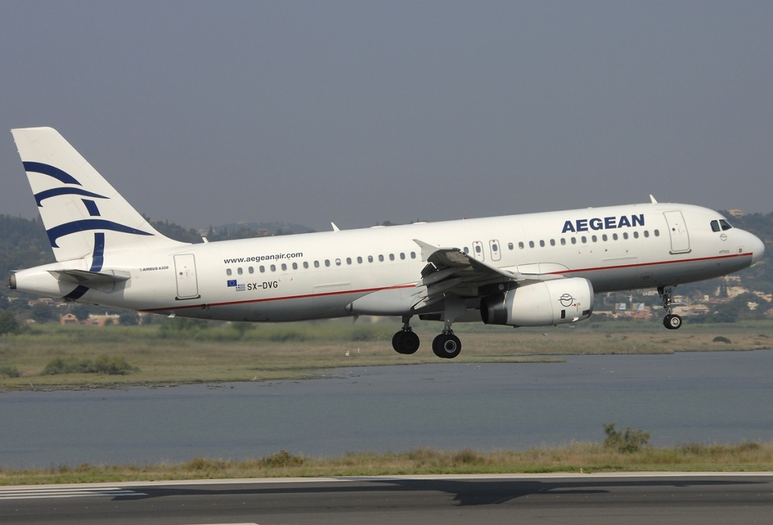 Airbus_A320-232,_Aegean_Airlines_JP6636510